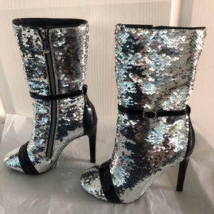 Cape Robbin Silver Sequin Stiletto Boots Blk Heel